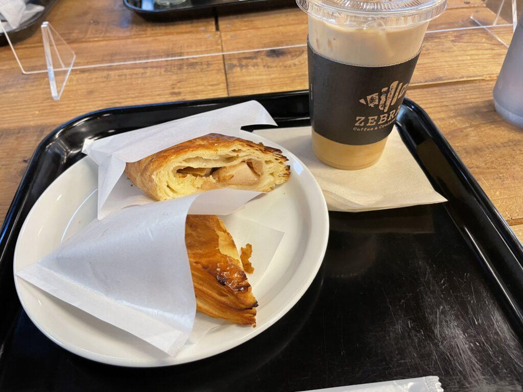ZEBRA Coffee & Croissant 津久井本店(クロワッサン) カフェラテとパンオポム